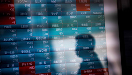 Global Bonds, Stocks Fall as Inflation Fears Mount: Markets Wrap