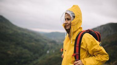 推薦十大戶外機能雨衣人氣排行榜【2021年最新版】