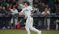 Moore slam completes 7-run comeback as Mariners stun Astros