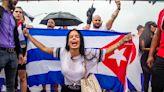 """UE pide a régimen castrista que abra un """"diálogo inclusivo"""" para """"escuchar la voz de los cubanos"""" - La Tercera"""