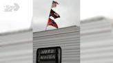 拒貼歧視標籤 NASCAR全面禁止「南方旗」