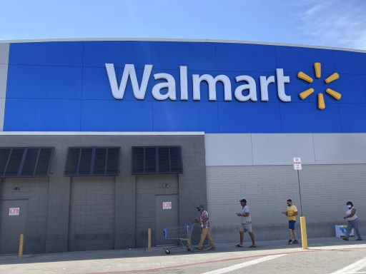 Walmart to make 67% of hourly store workers full-time by Jan. 31