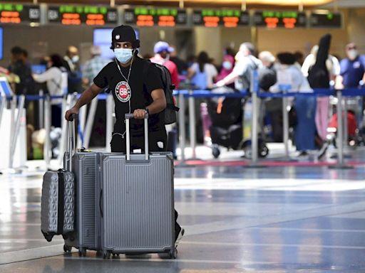 美國CDC:混打疫苗國際旅客 將可以入境美國