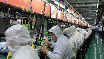 iPhone 13上市 富士康鄭州廠急招20萬人組裝 (圖)