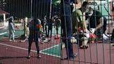 籃球架突「倒塌壓在身上」!17歲少年倒臥血泊重傷身亡