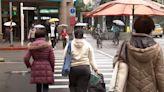 出門記得穿外套!入秋「首波冷鋒」報到 北台灣濕冷「狂降10度」