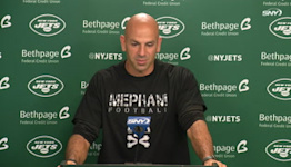 Robert Saleh rocks Mepham HS shirt in honor of Sofia LaSpina | Jets News Conference
