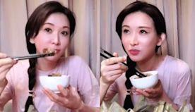 林志玲端午上片 1萬人看她吃粽子