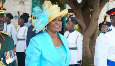 Después de 396 años de dominio británico Barbados se convirtió en república