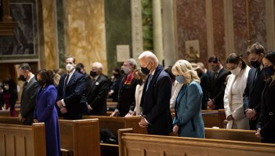 Pope's Silence Speaks Volumes on Controversial Communion Vote by U.S. Bishops