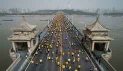 憂疫情影響北京冬奧 武漢馬拉松臨時延期