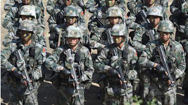 中國記者隨美軍上戰場:真打起來我們不堪一擊(圖) - - 华人之声