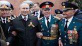 俄羅斯勝利日大閱兵 普丁這個動作讓人大呼超暖 | 蘋果新聞網 | 蘋果日報