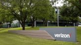 Verizon matches AT&T and T-Mobile with free iPhone 13 Pro offer