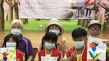 用愛拼貼溫馨母親節 華山台南北區辦14週年感恩茶會