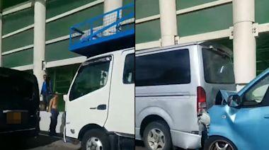 屯門公路7車「串燒」釀4傷