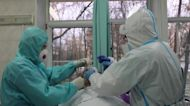 Moscow hospital overwhelmed amid record COVID deaths
