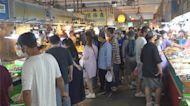 降二級前假日 布袋觀光魚市湧入逾6000人