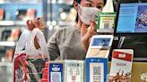 消費券︱調查:八成港人願意在5000元消費券以外作額外消費 (15:28) - 20210730 - 即時財經新聞