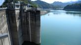56年來最嚴重》石門水庫蓄水量不到一半 遇百年枯水期觀光船門可羅雀
