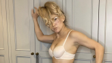 Kate Hudson, 42, Strips Down To Her Underwear For Breast Cancer Charity