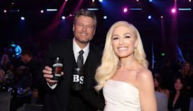 Blake Shelton Celebrates His PCAs Country Artist of 2019 Win With Gwen Stefani