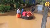 洪水也擋不住的愛情!印度新婚夫妻「坐鍋子」趕婚禮