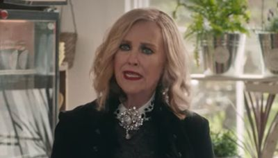 Moira Rose GPS: Comedian imagines Schitt's Creek character as navigation system voice in hilarious video