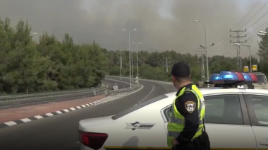 Thousands Evacuated as Wildfires Rage in Central Israel