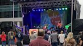 Despite rain, hundreds turn out for Artsplosure in downtown Raleigh