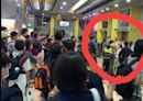 「台南蘇大媽」闖台北轉運站飆罵客運人員!警到場帶回法辦