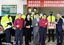 2業者熱心公益 捐消防裝備