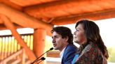 Canada's Trudeau visits First Nations community after snubbing indigenous leader's invitation