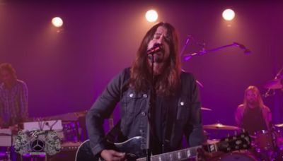 Foo Fighters Debut 'Waiting on a War' on 'Jimmy Kimmel Live'
