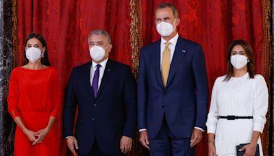 Los Reyes, anfitriones del presidente de Colombia y su esposa en su visita a España