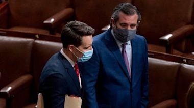 Senators file ethics complaint against Hawley and Cruz after Capitol riot