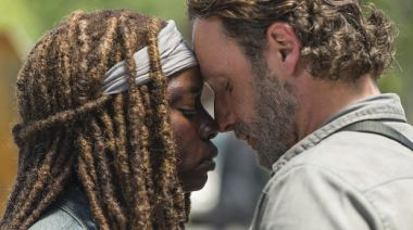 The Walking Dead's Andrew Lincoln Serenades Leading Lady Danai Gurira On the Occasion of Her Exit — Watch