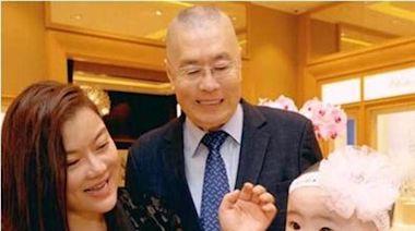 劉詩昆,劉鑾雄,何鴻燊——細數那些有名的老來當爹