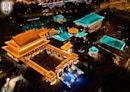 黃大仙祠每逢初一十五開放至晚上9時 下周一設特備節目表演中樂