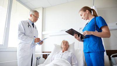 醫病平台/令我難忘的癌末病人!在安寧病房最後一刻道別對我說:「你以後一定是很好的醫生!」