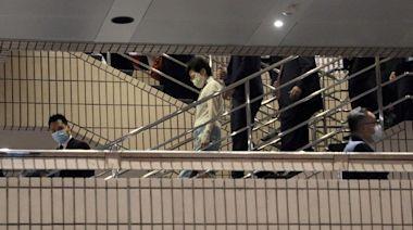 大批G4護駕 林鄭出席「慶回歸」音樂會 《蘋果》商台被拒入場採訪 | 蘋果日報
