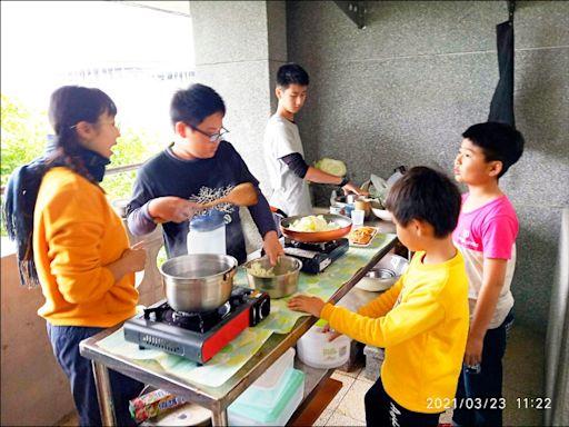 《宜蘭》「一心書苑」共學團 帶孩子學習生活