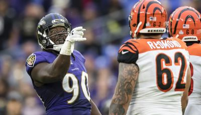 Free agent OLB Pernell McPhee wants to remain with Ravens