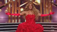 Fake audience sounds, Tyra Banks and Derek Hugh headline big 'DWTS' changes