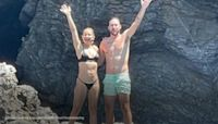 Kate Hudson looks super toned in family vacation photos