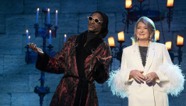 The It List: Snoop Dogg and Martha Stewart judge Halloween food competition, Timothée Chalamet's 'Dune' and 'The French Dispatch' premiere, Selma Blair shares deeply personal doc about her MS diagnosis and the best in pop culture the week of Oct. 18, 2021