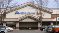 Albertsons beats Q2 earnings estimates, raises guidance