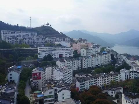 湖北宜昌的屈原故鄉,還走出一位愛國英烈,你一定讀過他的詩
