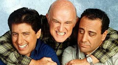 The cast of 'Everybody Loves Raymond' reunites for charity