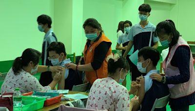 BNT疫苗校園接種22日開打 首波學生接種估2週完成